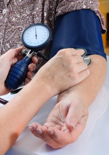 hipertenzija ir riešo išsiplėtimas