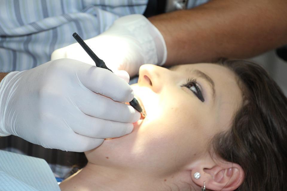 Širdies ligos pacientams be dantų - itin pavojingos