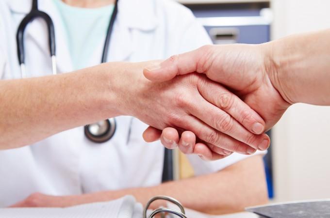 ligoninės hipertenzija)