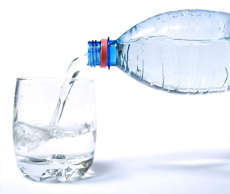 Kada ir kokį vandenį rekomenduojama gerti?