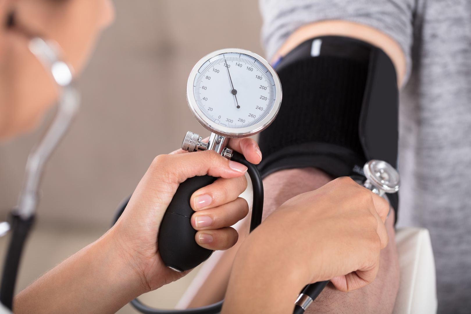 hipertenzijos testai)