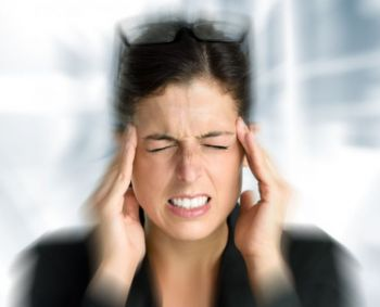 kodėl dėl hipertenzijos skauda galvą)