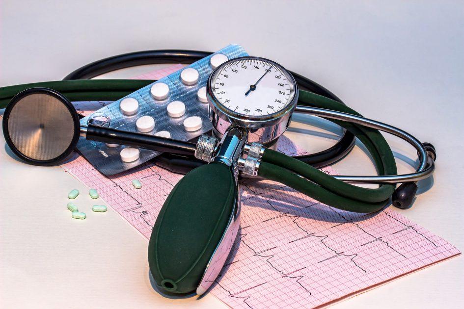 hipertenzijos paplitimas pagal amžių hipertenzijos pulsacija ausyse