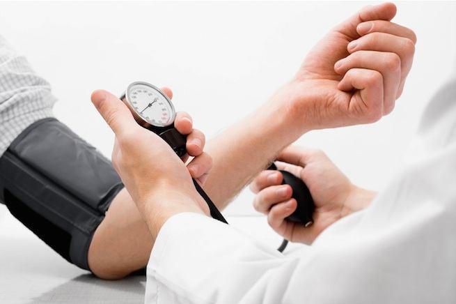 kaip greitai įveikti hipertenziją)