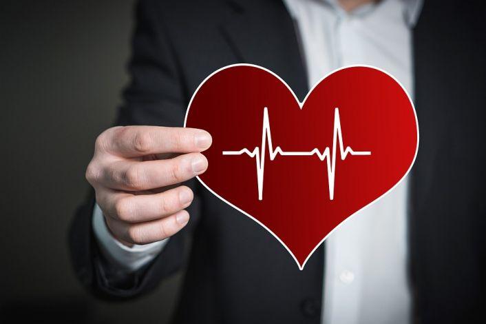 sveikatos širdies plakimas per min