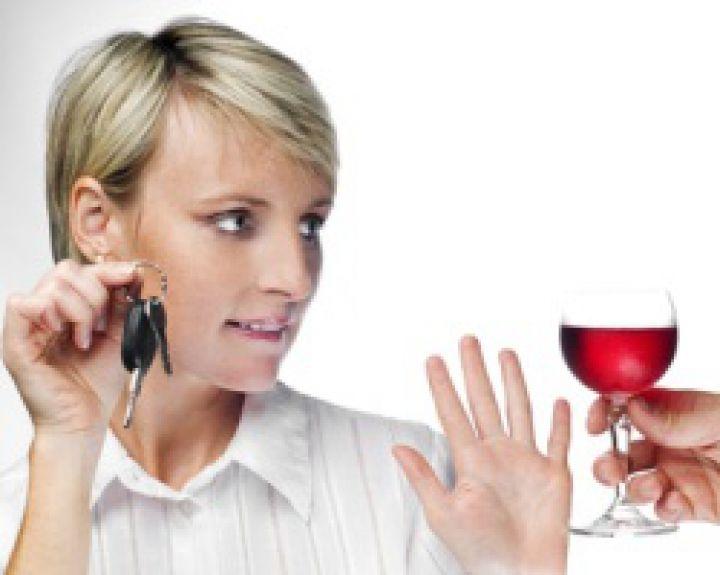 Klaidingas supratimas apie vyno naudą ir pavojų. Sausas raudonasis vynas: kokia nauda ir kenkia?