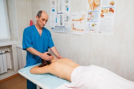 Tiesioginio širdies masažo atlikimo indikacijos ir metodai - Hipertenzija November