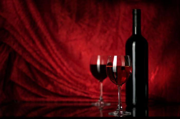 Raudonasis vynas nemažina kraujospūdžio