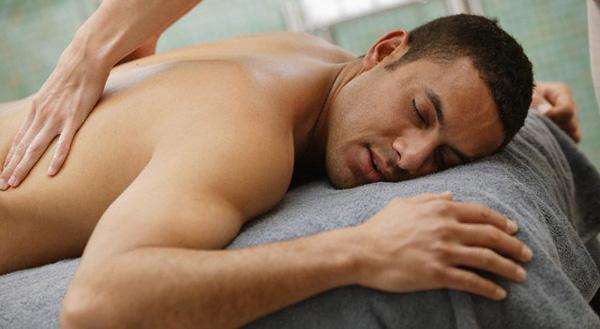 masažas naudingas sergant hipertenzija)