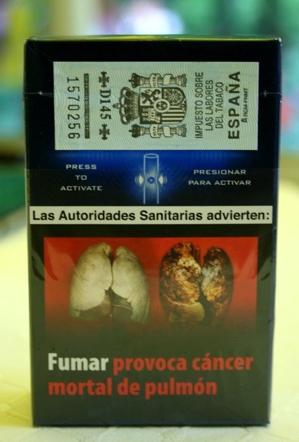 Kardiologė: elektroninių cigarečių poveikis kitoks, bet taip pat žalingas - LRT