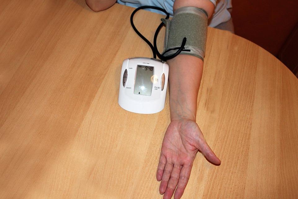 hipertenzija ir dienos režimas)