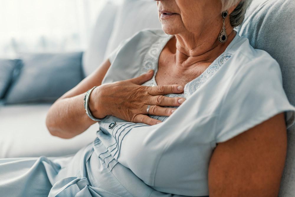 hipertenzijos gydymo apyrankė anglies vonios nuo hipertenzijos