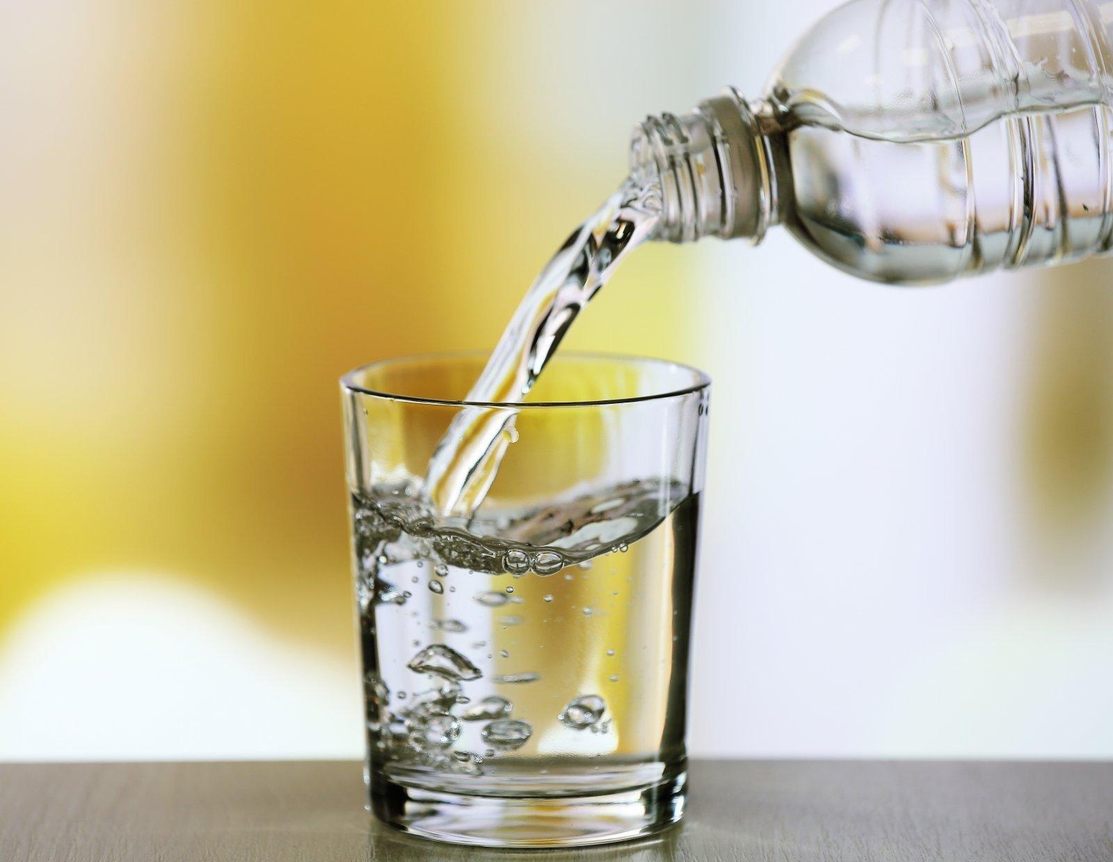 ar gerti vandenį su hipertenzija)