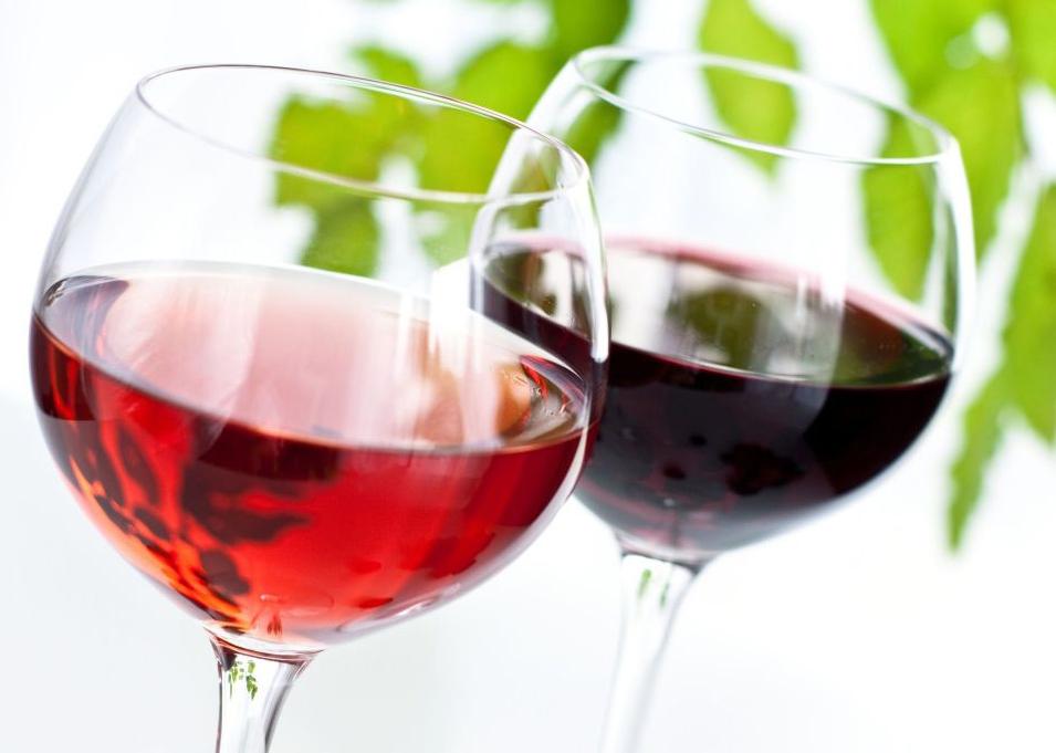 geriant raudoną vyną nuo hipertenzijos)