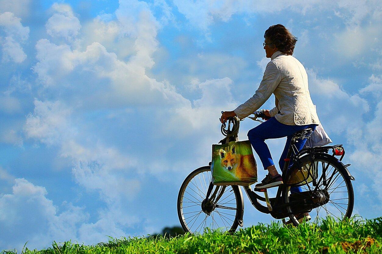 Vyras, dviratis ir sveikata. Tai tikrai susiję