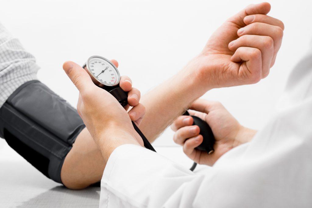 hipertenzija ir jos stadijos