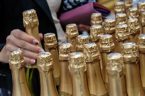 šampanas ir hipertenzija)