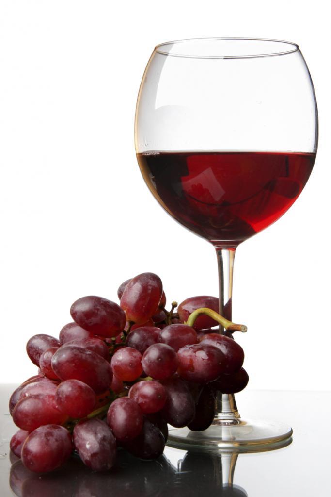 Naudinga ar visgi žalinga gerti vyną?   vanagaite.lt
