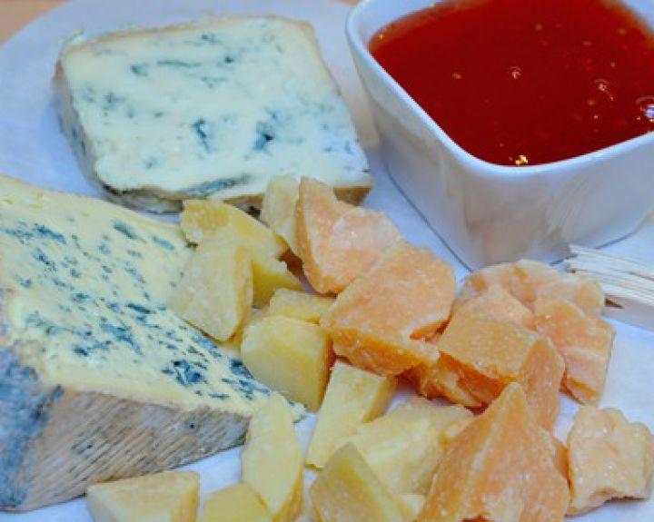ar įmanoma valgyti sūrį su hipertenzija tarptautinis hipertenzijos gydymas