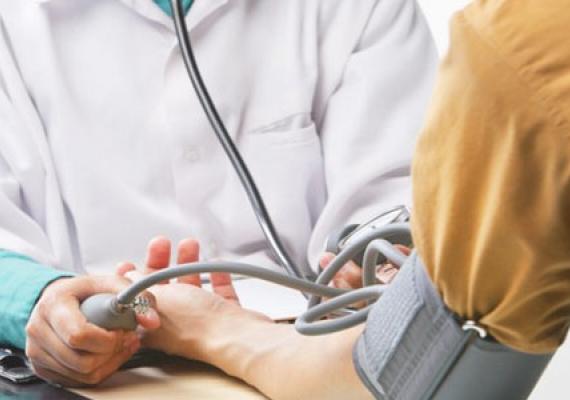 hipertenzija gydant neurozę)