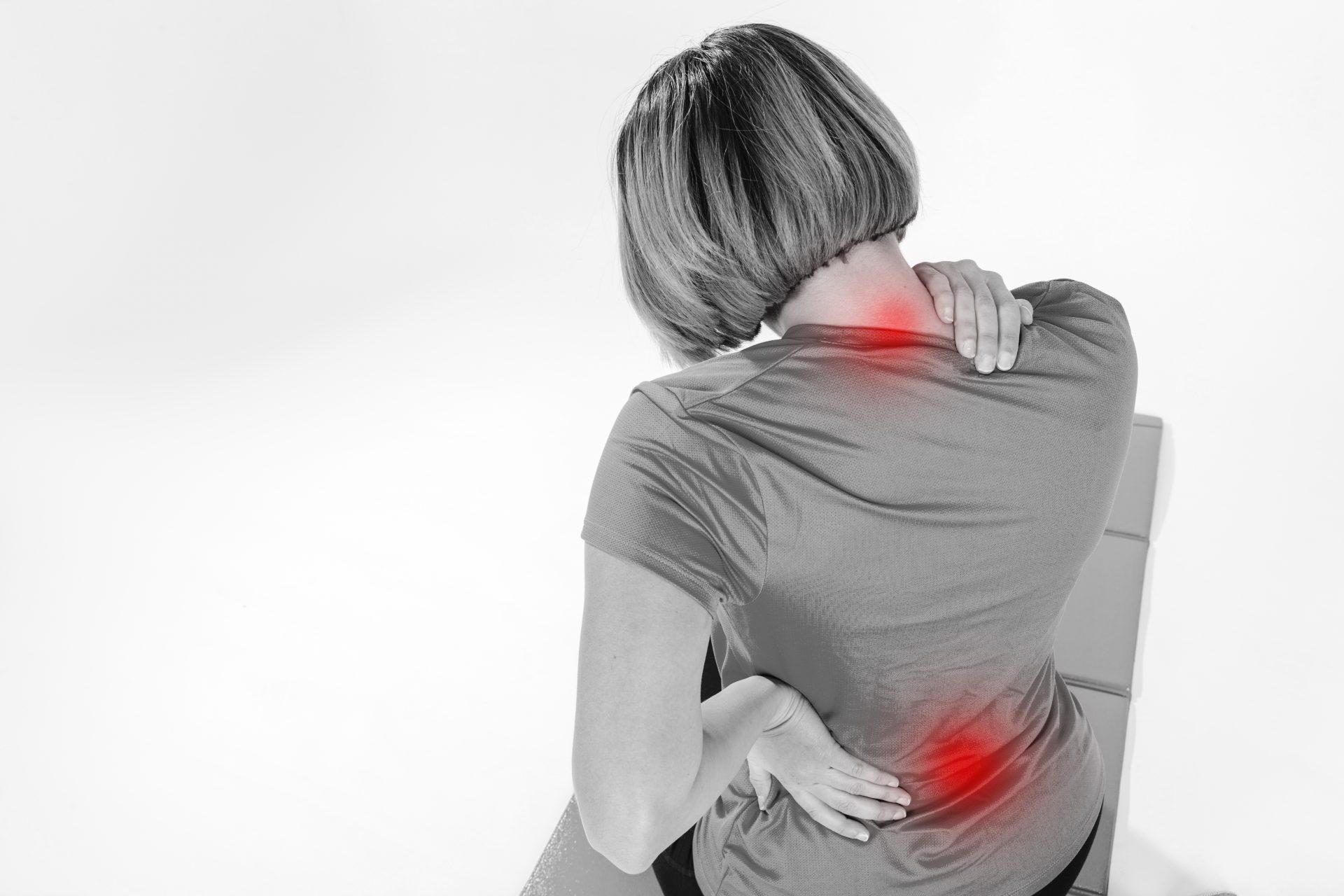 su hipertenzijos kaklo skausmu