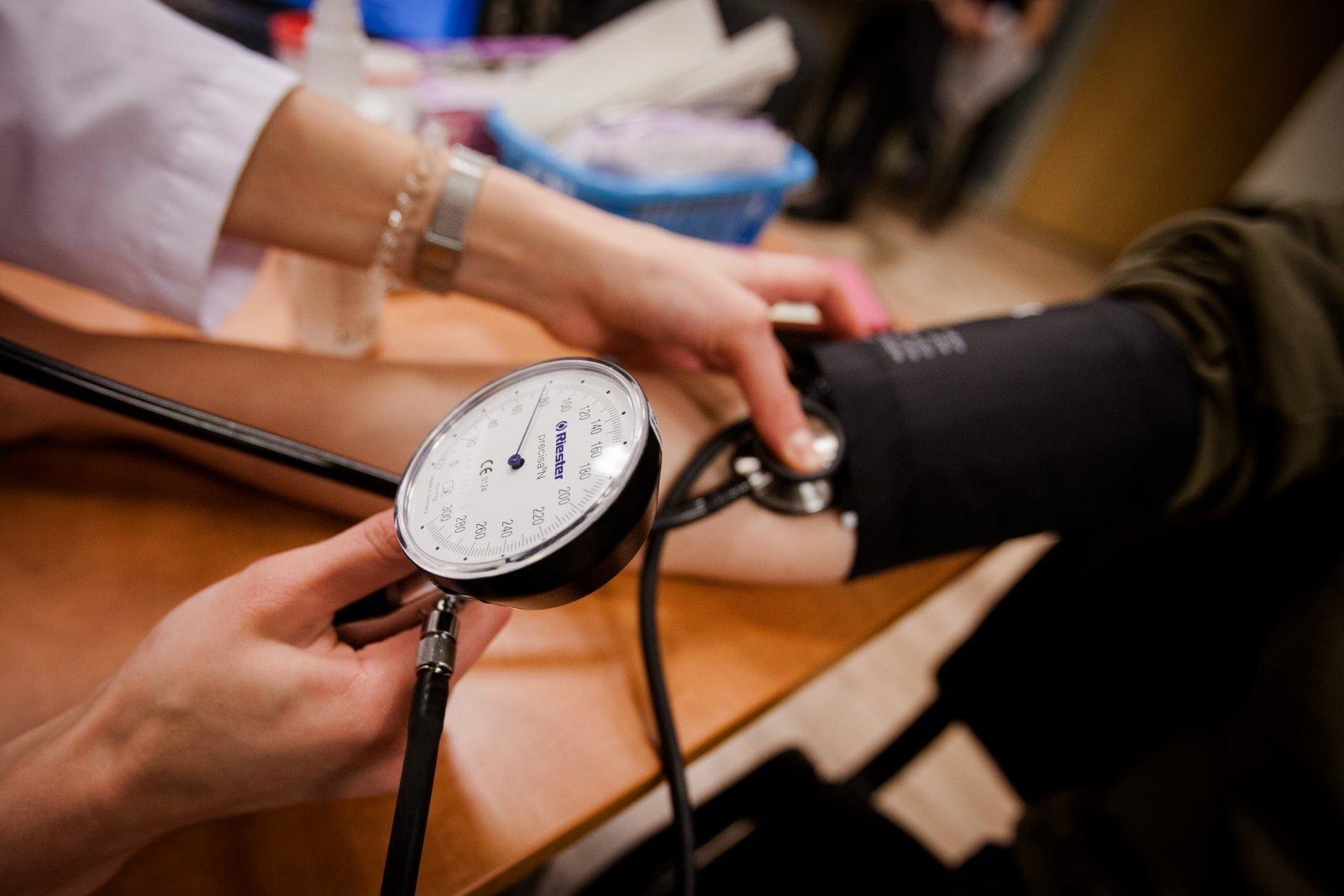 ką naudinga daryti su hipertenzija)
