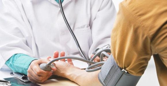 kenksmingesnė hipertenzija ar hipotenzija)